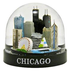 Chicago skyline snow globe  from snowdomes.com