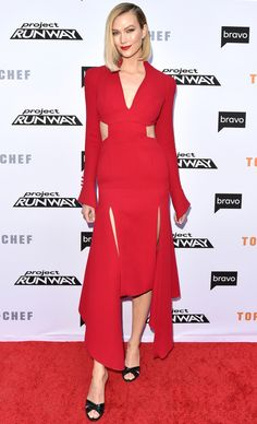 Karlie Kloss in Olivier Theyskens attends Bravo's Top Chef and Project Runway A Night of Food and Fashion FYC Red Carpet Event in L. Celebrity Outfits, Celebrity Style, Silk Dress, Peplum Dress, Rainbow Wig, Carpet Trends, Pink Maxi, Red Carpet Event