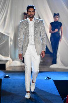 Gaurav Gupta at Lakmé Fashion Week summer/resort 2019