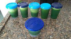 suco verde (couve, hortelã,água de côco)... pronto para bater e acrescentar gengibre ou o que mais quiser.