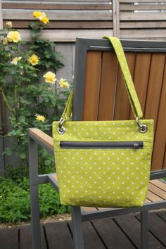 Front zip cross body bag tutorial | no time to sew