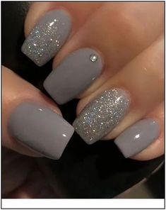 10 Best Grey Nail Polishes Awesome gray nail polish to try Related Perfekte und herausragende Nageldesigns pro den Winter Cute Nail Designs & Looks for 2019 Classy Nail Art, Elegant Nail Art, Grey Nail Polish, Gray Nails, Gray Nail Art, Color Nails, Glitter Nail Polish, Nail Black, Zebra Nails