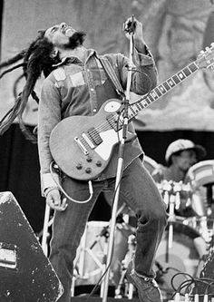 Wikipedia:Black and white image of Bob Marley on stage with a guitar