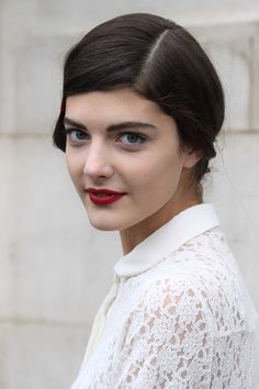 Katryn Kruger looks good in red lips