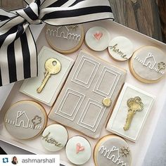 Home sweet home cookies in a box