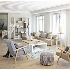 The Best 8 Beautiful Scandinavian Living Room Design Ideas To Inspire You The neat and minimalist Scandinavian living room interior design makes your tiny room feel more spacious, warm and comfortable. Scandinavian style is . Home Living Room, Living Room Designs, Living Room Decor, Room Interior, Home Interior Design, Modern Interior, Interior Livingroom, Apartment Interior, Modern Decor