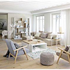Regroupant les pays du grand Nord où les hivers sont long et la luminosité est peu présente, le style nordique, dont le style scandinave, est axé sur la...