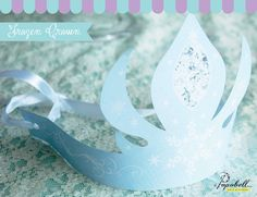 Elsa Crown for Frozen Birthday Party. Frozen Themed Birthday Party, Disney Frozen Birthday, Princess Theme Party, Birthday Party Themes, Girl Birthday, Birthday Ideas, Frozen Favors, Frozen Party Food, Party Kit