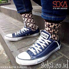 Socks Batik Parang Essentials  #soka #socks #kaoskaki #sokalovers #batik #parang #kaoskakisoka #sokasocks