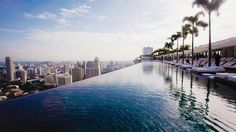 Infinity pool at #marinabaysands #singapore #infinitypool