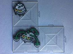 Perlers of Ferroseed and Ferrothorn from Gen 5 Perlers made using menusprites from Gen 6 as a reference. Ferroseed and Ferrothorn Perlers Pokemon Sprites, Art Pokemon, Bead Crafts, Paper Crafts, Hama Beads Pokemon, Papercraft Pokemon, Perler Bead Art, Fuse Beads, Beading Patterns