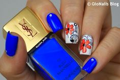 Blue With Floral Stamping Nails : http://gionails.blogspot.be/2015/02/review-bp-24-stamping-plate-by-born.html