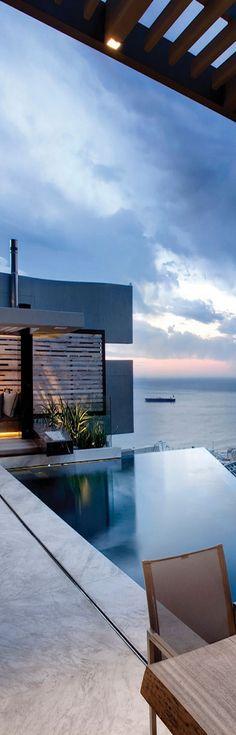 Millionairess Mansion