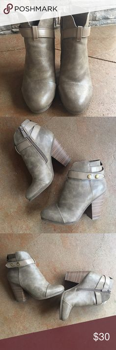 Breckelle's Taupe Booties Brand: Breckelle's. Color: Taupe. Size: 6.5. Great Condition. Breckelles Shoes Ankle Boots & Booties