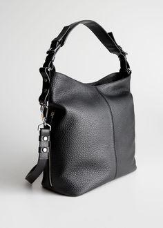 hobo purses and bags Leather Hobo Handbags, Cross Body Handbags, Leather Crossbody, Hobo Purses, Purses And Handbags, Hobo Bags, Tote Bag, Bago, Outfits