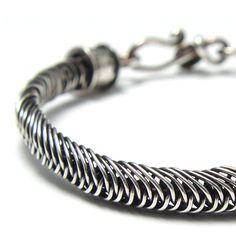 video tutorial: Mermaid Braid Bracelet (intricate wire weaving) #Wire #Jewelry #Tutorials
