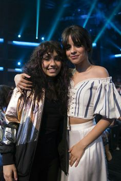 Camila Cabello with Alessia Cara at the 2017 RDMAs Havana, Fifth Harmony Camren, Disney Music, Thing 1, Female Singers, Role Models, My Girl, Wonder Woman, Celebs