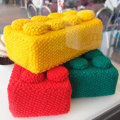 crocheted Lego bricks! @denisejarrel