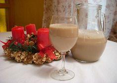 El Cóctel Cola de Mono es un tradicional trago chileno, con base de aguardiente y muy preparado en las fiestas navideñas. Acá tienes la receta tradicional.
