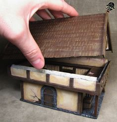 Generic Medieval Building from Scratch built by Neldoreth painted by Neldoreth - An Hour of Wolves & Shattered Shields