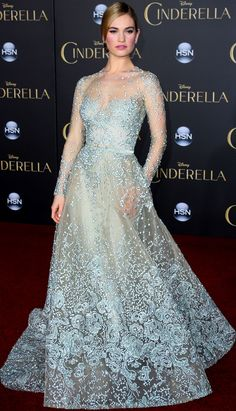 SparkLife » BEHOLD: The 25 MOST DAZZLING Dresses of 2015!