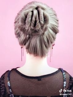 [Hair Arrangement] Clean and clean hair style - Langhaarfrisuren Pretty Hairstyles, Girl Hairstyles, Braided Hairstyles, Hair Upstyles, Medium Hair Cuts, Hair Videos, Hair Hacks, Hair Inspiration, Curly Hair Styles