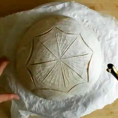 How To Make Decoration Dough - Thanksgiving Artisan Bread Recipes, Sourdough Recipes, Sourdough Bread, Bread Dumplings, Dumpling Dough, No Yeast Bread, How To Make Decorations, Bread Shaping, Bread Art