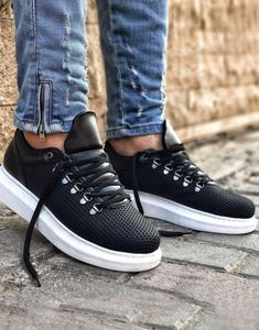 Casual Black Men`s Sneakers Casual Sneakers, Sneakers Fashion, Casual Shoes, Shoes Sneakers, Men Casual, Mens Wingtip Shoes, Loafers Outfit, Shoes With Jeans, New Shoes
