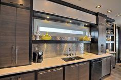 Contemporary Custom Dream Home In Saskatoon With Inspiring Interior Decor One Wall Kitchen, Kitchen Sets, Open Plan Kitchen, Kitchen Decor, Straight Kitchen, Small Kitchen Organization, Built In Furniture, Luxury Kitchen Design, Cuisines Design