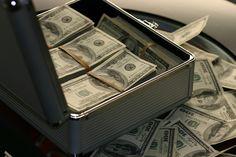 Plataformas crowdlending: https://creditosyrapidos.com/finanzas/crowdlending-negocios/ #crowdlending #dinero #billetes #invertir #crowdfunding
