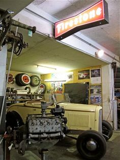 Hot Rod garage for your classic cars #garage #classiccars..Re-pin brought to you by agents of #carinsurance at #houseofinsurance in Eugene, Oregon