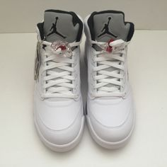 Name : Supreme x Jordan 5 V White Size (US) : 11 Condition : New | DS | With box Style Code : 824371-101 Year : 2015