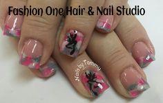 Pink camo nails #pinkcamonails #coloredacrylic #handpaint #hunting #nailsbytammy