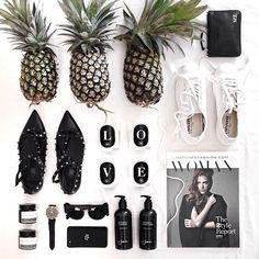 .@margaret__zhang   TGIF bare essentials. Pineapples are essential.    Webstagram