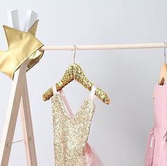 Sequin hangers online, now available in 4 colours ✨⭐️