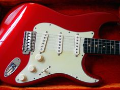 Fender American Standar Candy Apple Red