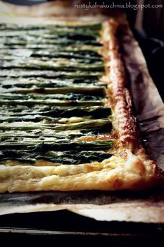 Asparagus and cheese tart -- in another language, but you get the picture! :)