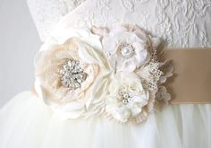 Floral Bridal Belt - Antique White Flowers with Rhinestone and Pearl Accents