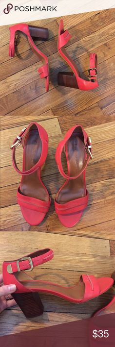 Banana Republic Trendy cute real leather red strappy heels with solid stacked wooden 3in heel with mild marks but not that visible unless looking up close. Size 9.5 a great pop of color to any outfit! This is a great price, no lie ball offers🙅❌ Banana Republic Shoes Heels