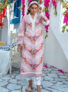 Latest Pakistani Dresses, Pakistani Designer Suits, Pakistani Dress Design, Pakistani Suits, Stylish Dress Book, Stylish Dresses, Pink Colour Dress, Cotton Dresses Online, Girls Dresses