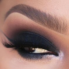 ✨Wow! Sultry smokey eye by @makeupbysol created with her @makeupaddictioncosmetics brushes ✨  #makeupaddictioncosmetics #makeupaddictionbrushes