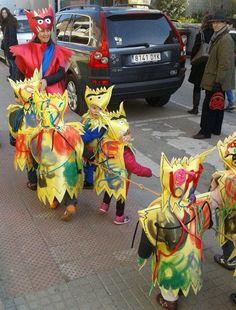 """Disfraces de """"El Monstruo de Colores"""" de Anna Llenas por la Escuela """"La Rotllana"""""""