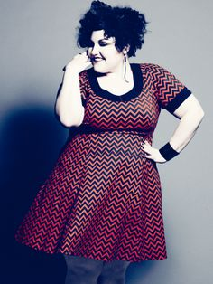 Beth Ditto in her Chevron dress. Beth Ditto in her Chevron dress. Big And Beautiful, Beautiful People, Beautiful Curves, Curvy Fashion, Plus Size Fashion, Girl Fashion, Skirt Outfits, Dress Skirt, Beth Ditto