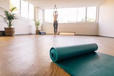Your yoga mat is your personal altar. It's the place for you to contemplate life, so investing in a good-quality yoga mat is money well spent. Yoga Photos, Yoga Pictures, Clean Yoga Mat, Jade Yoga, Yoga Mat Reviews, Personal Altar, Yoga Matt, Fitness Photography, Yoga For Kids