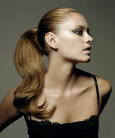 Google Image Result for http://www.hairstyles.co.uk/uploads/gallery/strawberry-blonde-long-wavy-ponytail.jpg
