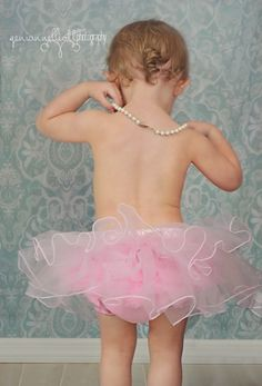 classic, pearls and tutu, single curl, baby girl, princess, 18mos, 18 months old, toddler photography, baby photography, in studio, posing, lighting https://www.facebook.com/GeniannElliottPhotography