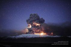 lightning's in the ash plume in the volcanic eruption in Eyjafjallajokull glacier in Iceland