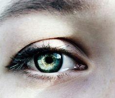 ดวงตาซ่อนเร้น.