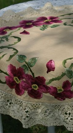 Em's Heart Antique Linens -Antique Society Silk Embroidered Doily Centerpiece