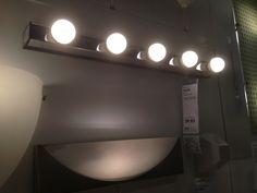 Ikea Verlichting boven toilettafel